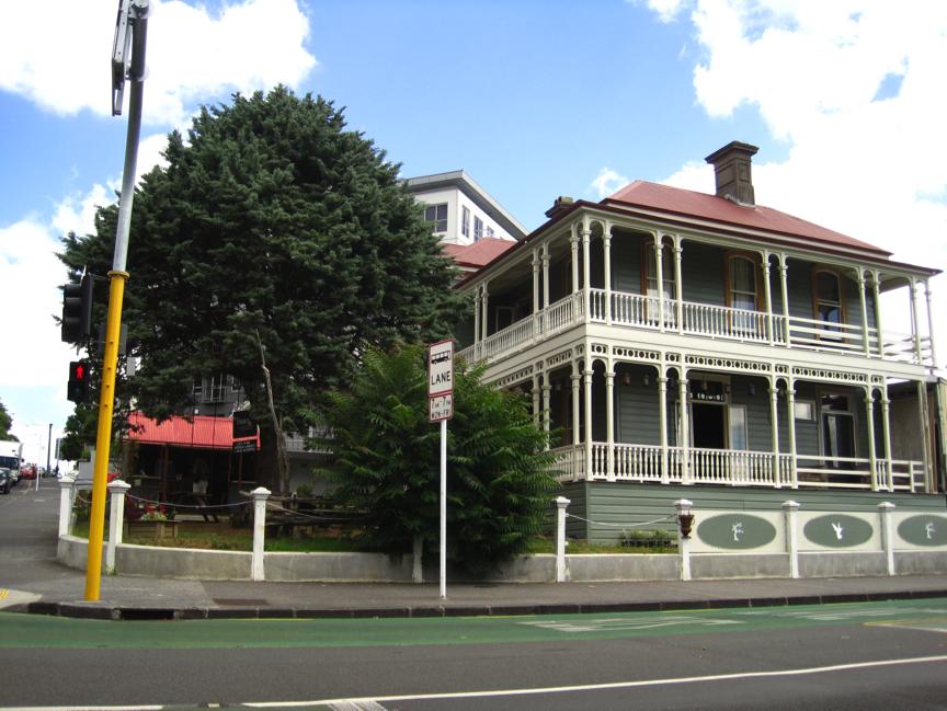 4-house